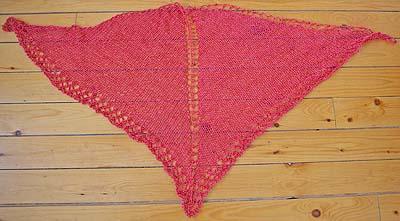 one_skein_shawl_unblocked_large